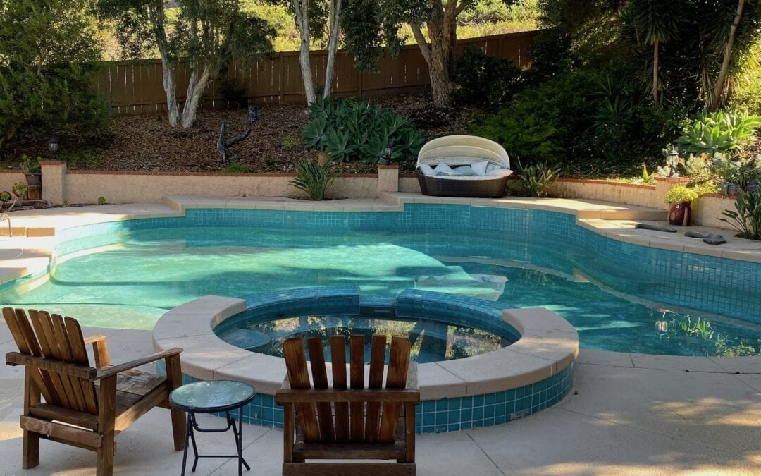 Is It Time To Drain Your Swimming Pool?