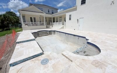 5 Warning Signs that Your Swimming Pool Has a Leak